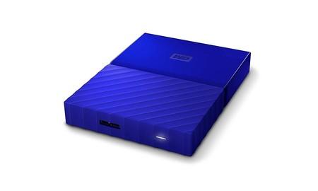 3 TB para llevar junto al portátil por 93,99 euros, con el WD My Passport en azul, en Amazon