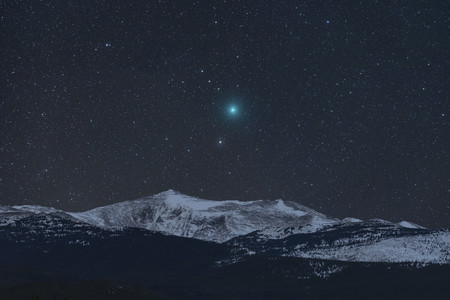 Comet And Mountain R Kevin Palmer