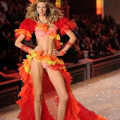 Foto 46 de 57 de la galería el-desfile-victorias-secret-fashion-2011-todas-las-imagenes en Trendencias