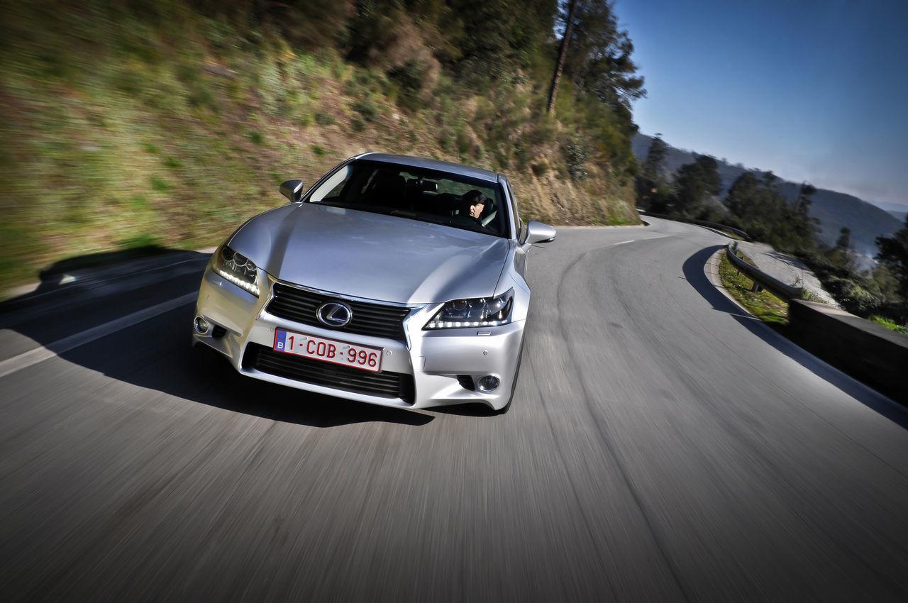 Foto de Lexus GS 450h (2012) (15/62)