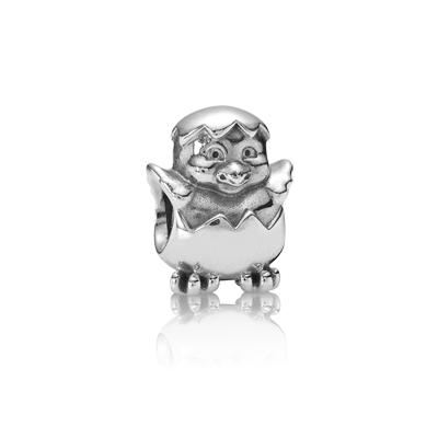 Día de la madre: el polluelo de mamá en su pulsera Pandora