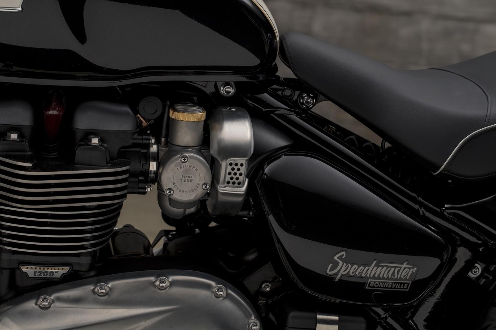 Foto de Triumph Bonneville Speedmaster 2018 (29/40)
