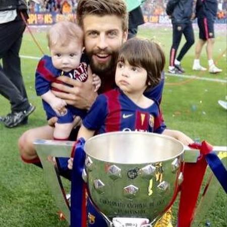 Pique Copa Milan Y Sasha