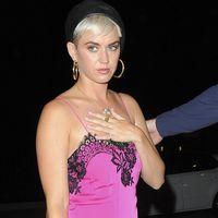 Katy Perry y Kate Moss coinciden en restaurante, pero no en estilo: lady vs. sporty, ¿con cuál te quedas?
