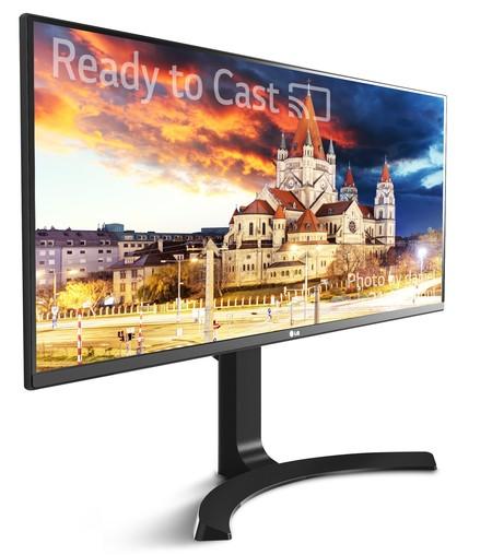 LG apuesta con el LG 34UM79M por integrar Chromecast para hacerse amigo de nuestro smartphone y tableta