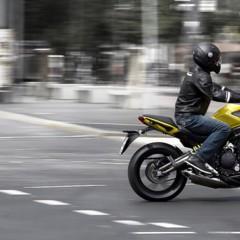 Foto 18 de 77 de la galería kawasaki-er-6n-2012-divertida-facil-y-con-estilo en Motorpasion Moto
