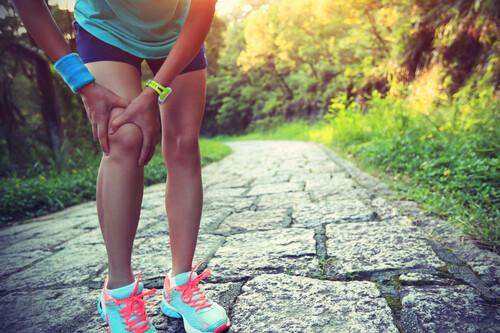 Corredor, protege tus rodillas: las cinco mejores estrategias que puedes hacer en casa o al aire libre