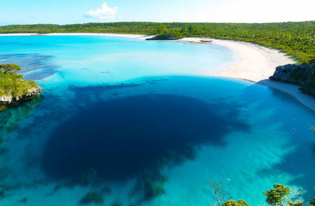 Blue Hole de Bahamas