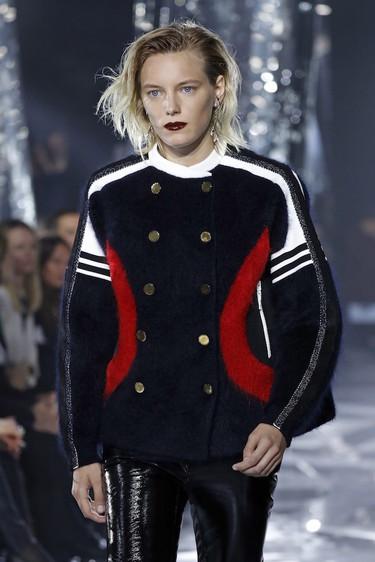 """El estilo deportivo es el """"leitmotiv"""" de la colección Otoño/Invierno 2016-2017 de Louis Vuitton"""