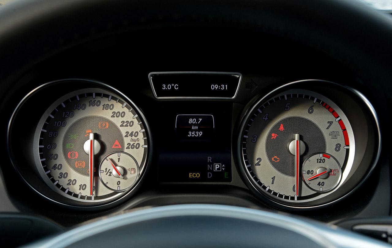 Foto de Mercedes-Benz Clase CLA (Saint-Tropez) (34/51)