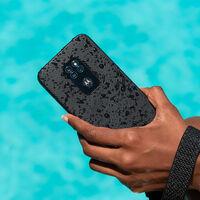Motorola Defy: Motorola se zambulle en la ultradurabilidad con un móvil que aguanta 35 minutos bajo el agua