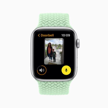 Apple Wwdc21 Watchos8 Home Doorbell 06072021 Carousel Jpg Large 2x