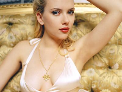 ¿Scarlett Johansson Porno Star?