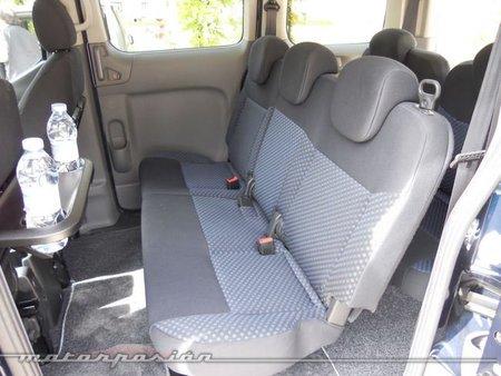 Nissan Evalia 10