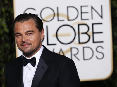Leonardo DiCaprio se lleva el Globo de Oro como mejor actor pero no como el mejor vestido de la noche