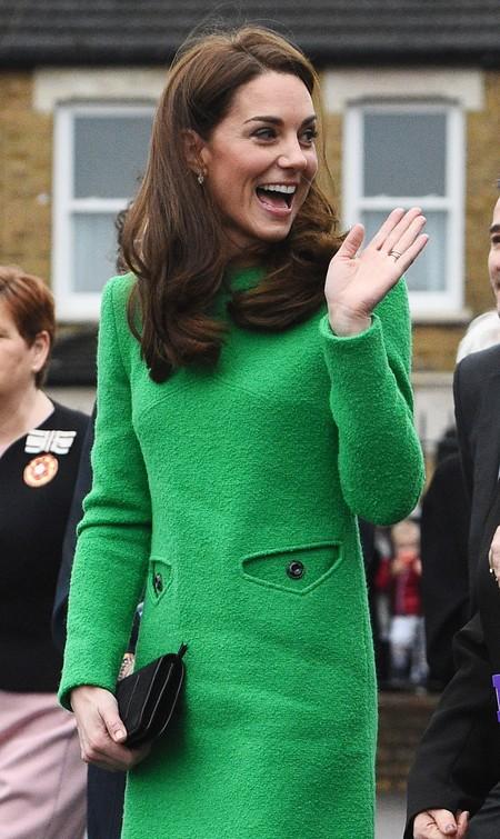 Verde que te quiero verde: Kate Middleton luce un bonito vestido sixties