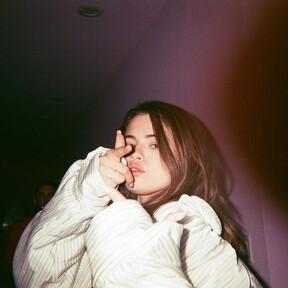 Selena Gomez vuelve a incendiar las RRSS, esta vez por su nuevo corte de pelo visto a través de TikTok