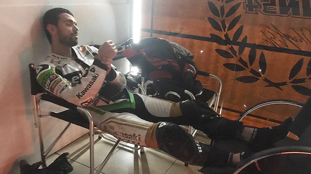 Kenan Sofuoglu se fractura la muñeca derecha y es duda para Australia