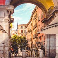 Un paseo literario por el Madrid de Galdós: el planazo gratis para los fines de semana de calorcito que vienen