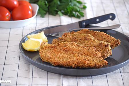 Filetes de pollo empanados crujientes al horno: receta fácil para no tener que freír