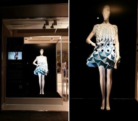 Jule Waibel y sus vestidos de origami protagonistas del 'Bershka Young Designers Project'
