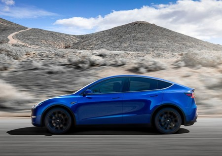Tesla Model Y 2021 1280 02