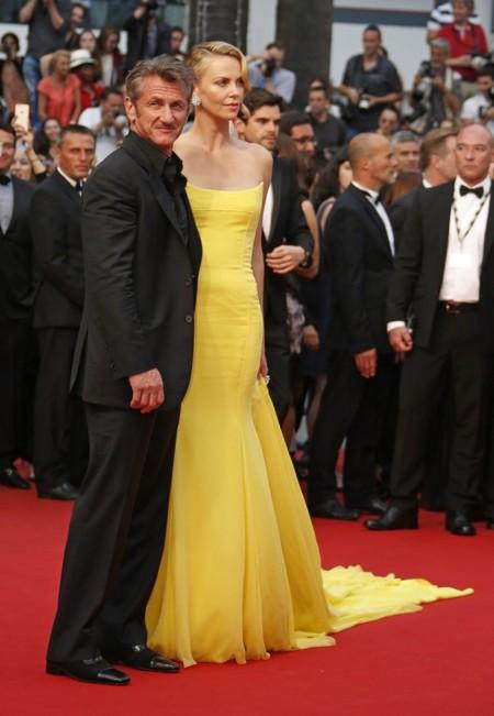 Charlize Y Sean Cannes