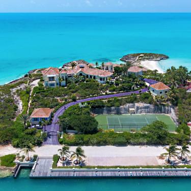 Subastan la casa de Prince en el Caribe con todo y su camino de color púrpura