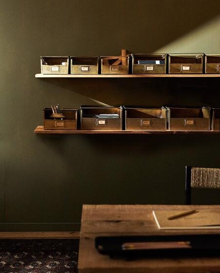 aja metálica ordena escritorios