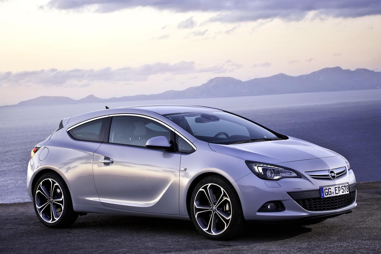 Foto de Opel Astra GTC (68/90)