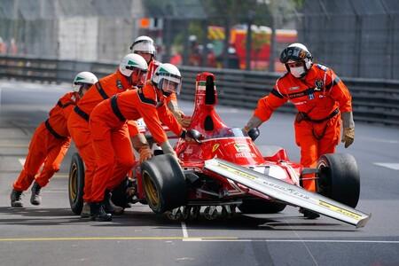 ¡Qué dolor! Dos Ferrari clásicos de Fórmula 1 destrozados durante el Gran Premio de Mónaco de coches históricos