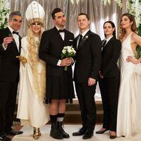 Globos de Oro 2021: 'Schitt's Creek' es la mejor serie de comedia o musical