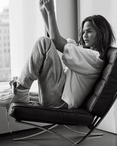Le puede pasar a cualquiera: la modelo Chrissy Teigen confiesa que lucha contra la depresión postparto