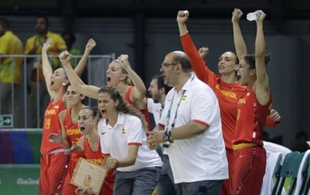 ¿Por qué las selecciones femeninas tienen entrenadores hombres? ¿Es sexismo o hay otras causas?