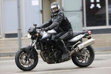 Toma de contacto BMW F800R: una moto para disfrutar cada día