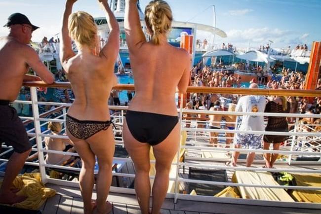 Couples Cruises