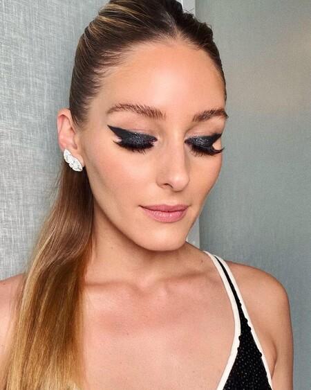 Olivia Palermo Eyeliner Negro Brillante 02