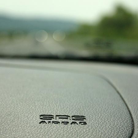 Esto es lo que pasa cuando el airbag se te abre con sólo 7 centésimas de retraso