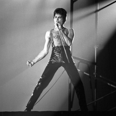 Ya podemos ver el tráiler del 'biopic' de Freddie Mercury... y no podemos tener más ganas de que llegue la película
