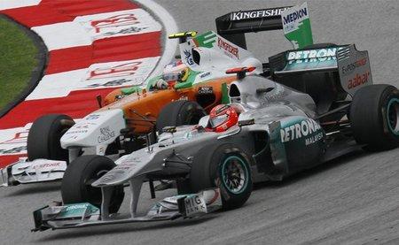 Michael Schumacher es el piloto con más adelantamientos de 2011
