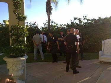 ¿Quién entra a casa de Paris Hilton a robar y sólo se lleva cuchillos?