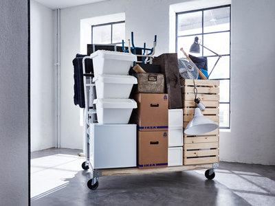 Hasta un 400% más: eso es lo que costarían los muebles de IKEA si ya vinieran montados
