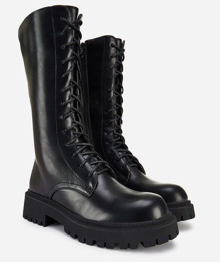 https://www.prada.com/es/es/women/shoes/ankle_boots_and_boots/products.botas_de_piel_monolith.1W828L_07I_F0002_F_055.html