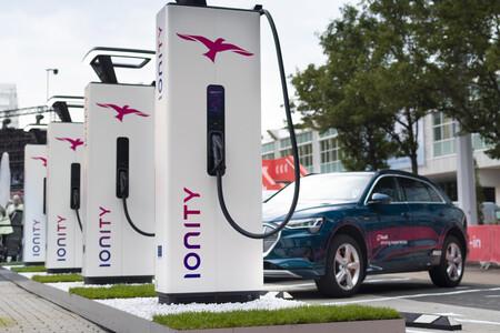 Hyundai y Kia entran en la red de puntos de carga Ionity para impulsar sus coches eléctricos, aunque aún sin tarifas propias