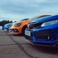 El Civic Type R, el Mégane R.S y el i30N se enfrentan en esta carrera de aceleración para ver quién es el mejor