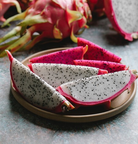 La Pitahaya, la fruta tropical dulce pero baja en calorías que es perfecta para estar hidratado en los meses de calor
