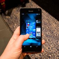 Lumia 650, primeras impresiones: renovando por fuera pero conservando por dentro