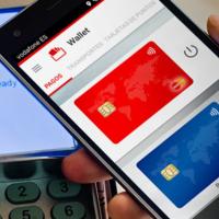 Vodafone sigue apostando por los pagos móviles, ahora se lleva sus descuentos a Wallet