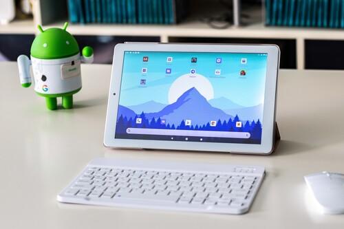 La tablet más vendida de Amazon cuesta menos de 100 euros, viene con teclado y ratón: la hemos probado