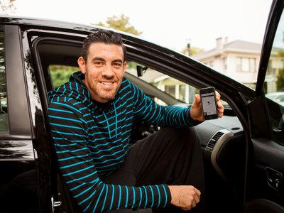 """Siete sindicatos de Europa y América plantan cara a Uber y Amazon por """"feudalismo digital"""""""
